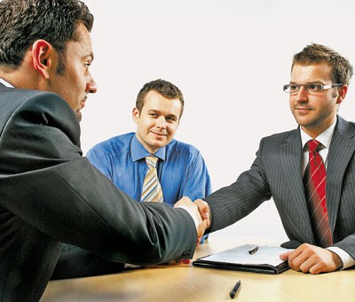 Плюсы и минусы от соглашения сторон для увольнения