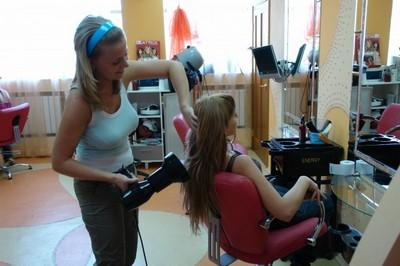 Работники парикмахерской
