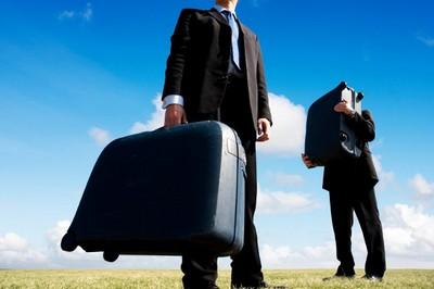 Оформление поездки за границу сотрудника