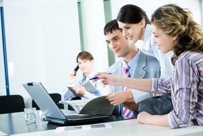 Взаимодействие с другими сотрудниками по рабочим вопросам