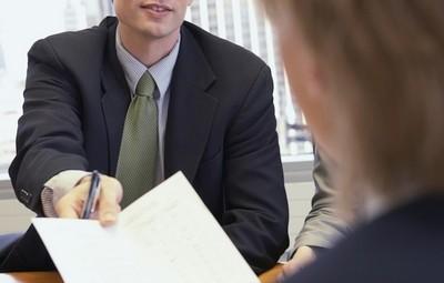 Подача документов в регистрирующий орган