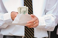 Характерные особенности сдельной оплаты труда