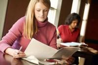 В каких случаях работодатель оплачивает отдых сотрудника из-за учебы?