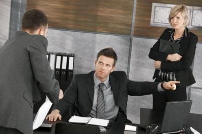Освобождение от должности директора