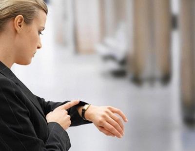 Сколько часов должен работать человек на производстве